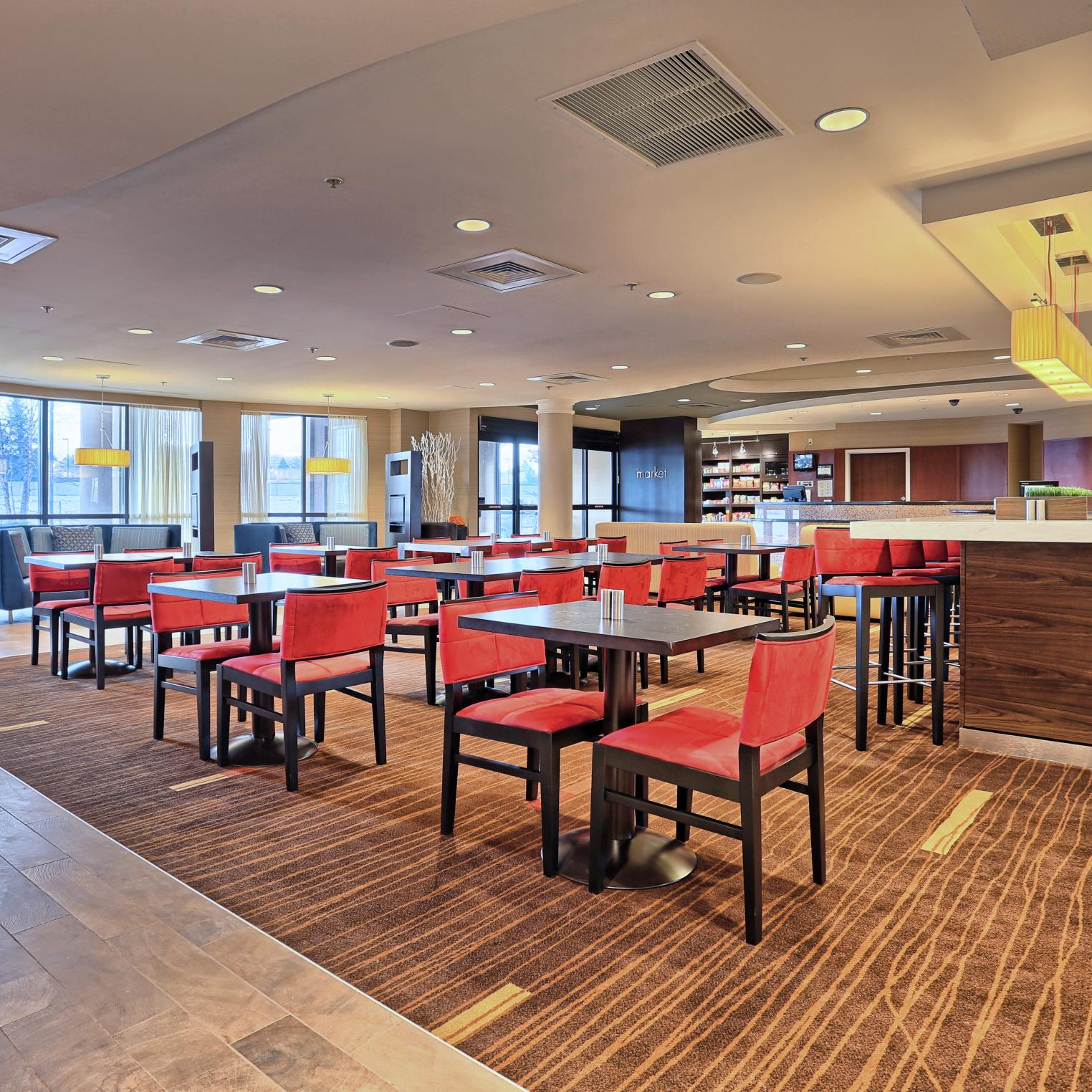 Courtyard by Marriott Harrisburg West/Mechanicsburg Dining Area