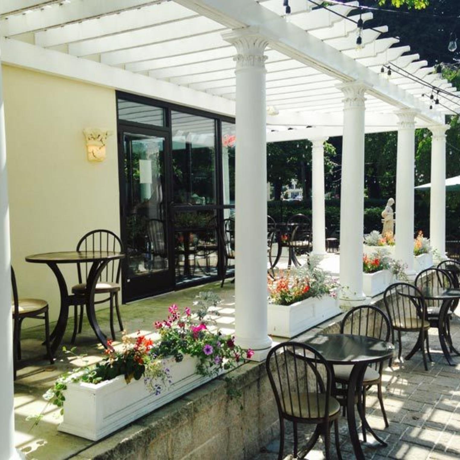 Hellenic Kouzina Outdoor Courtyard