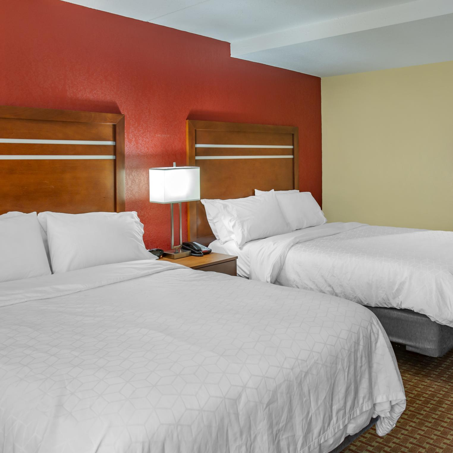 Holiday Inn Express Harrisburg SW Mechanicsburg Room