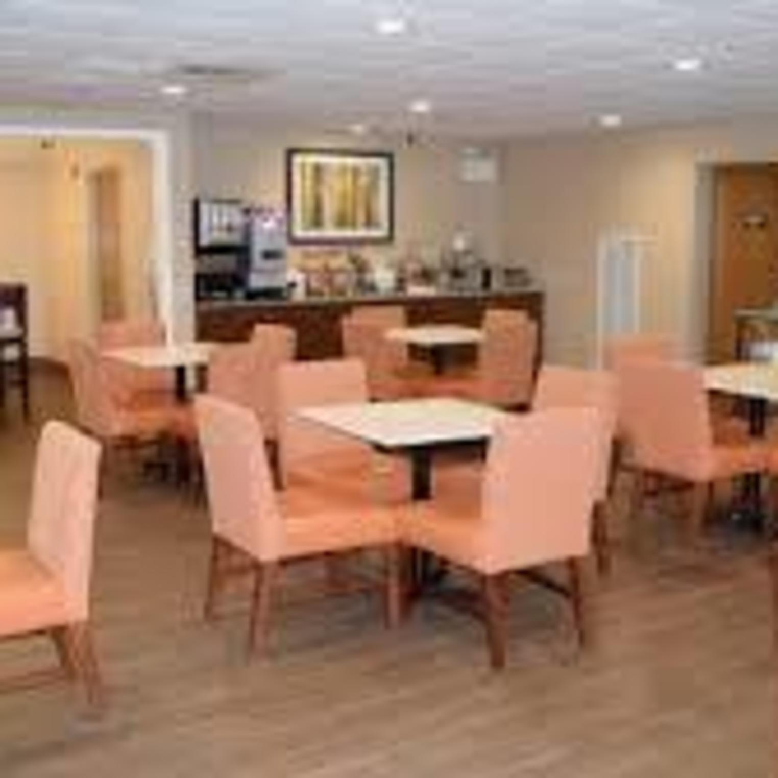 La Qunita Inn & Suites -- Mechanicsburg/Harrisburg