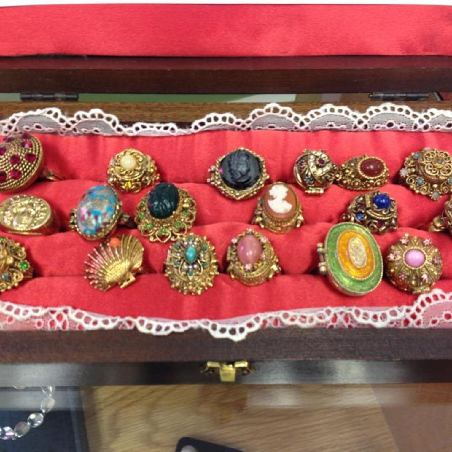 Poison Rings at Marjories Gems