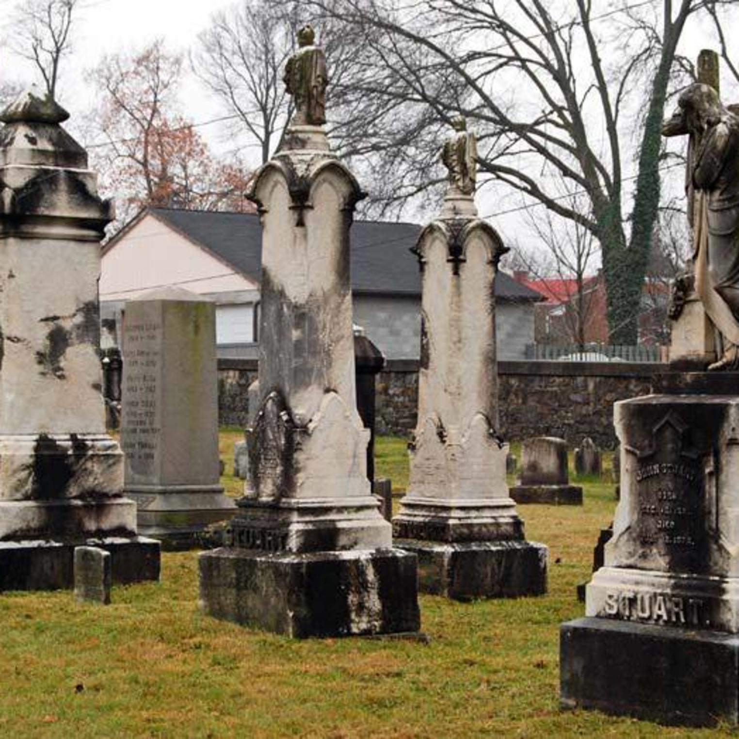 Old Public Cemetery