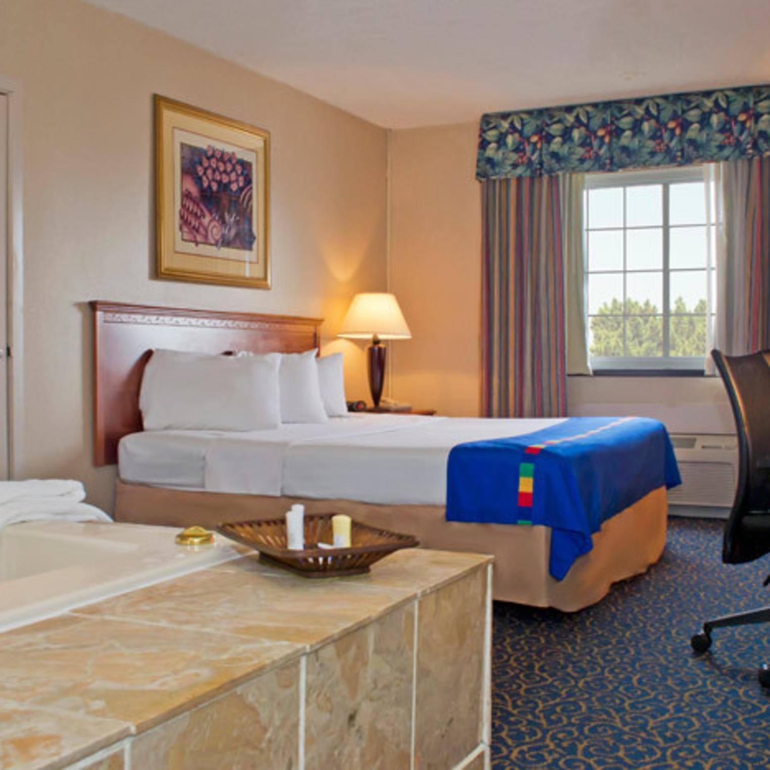 King Jacuzzi Suite at the Park Inn