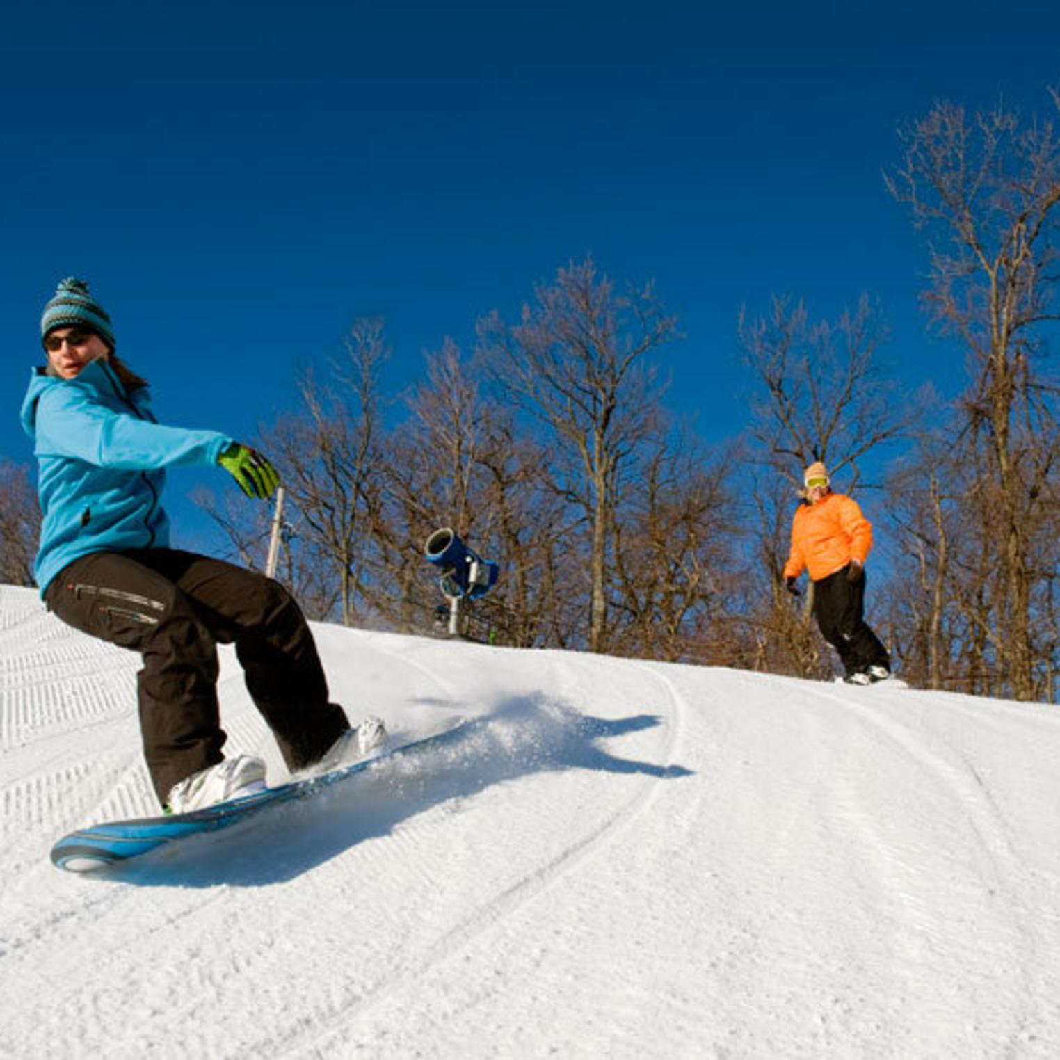 Snowboarding at Roundtop Mountain Resort