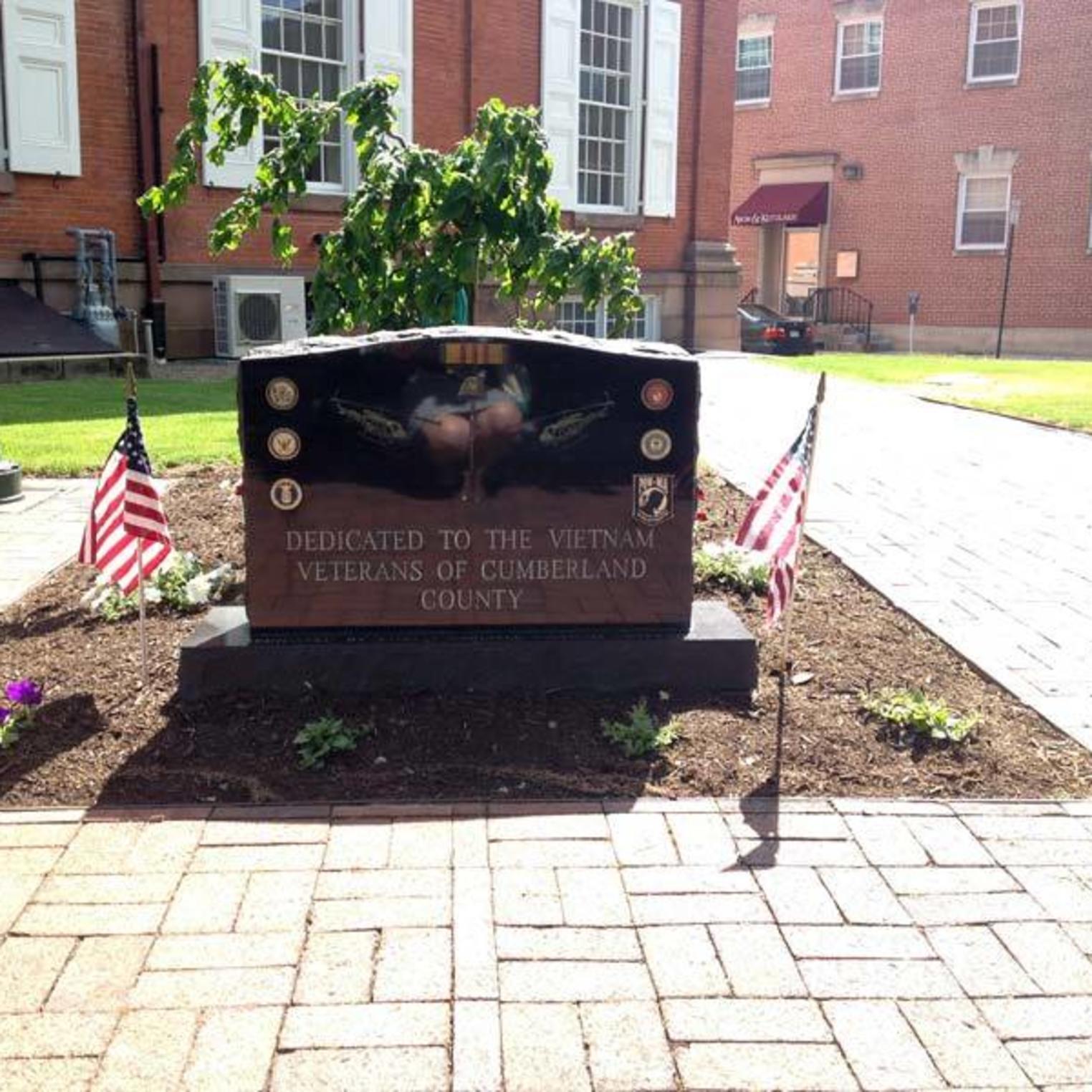 Veteran's Square