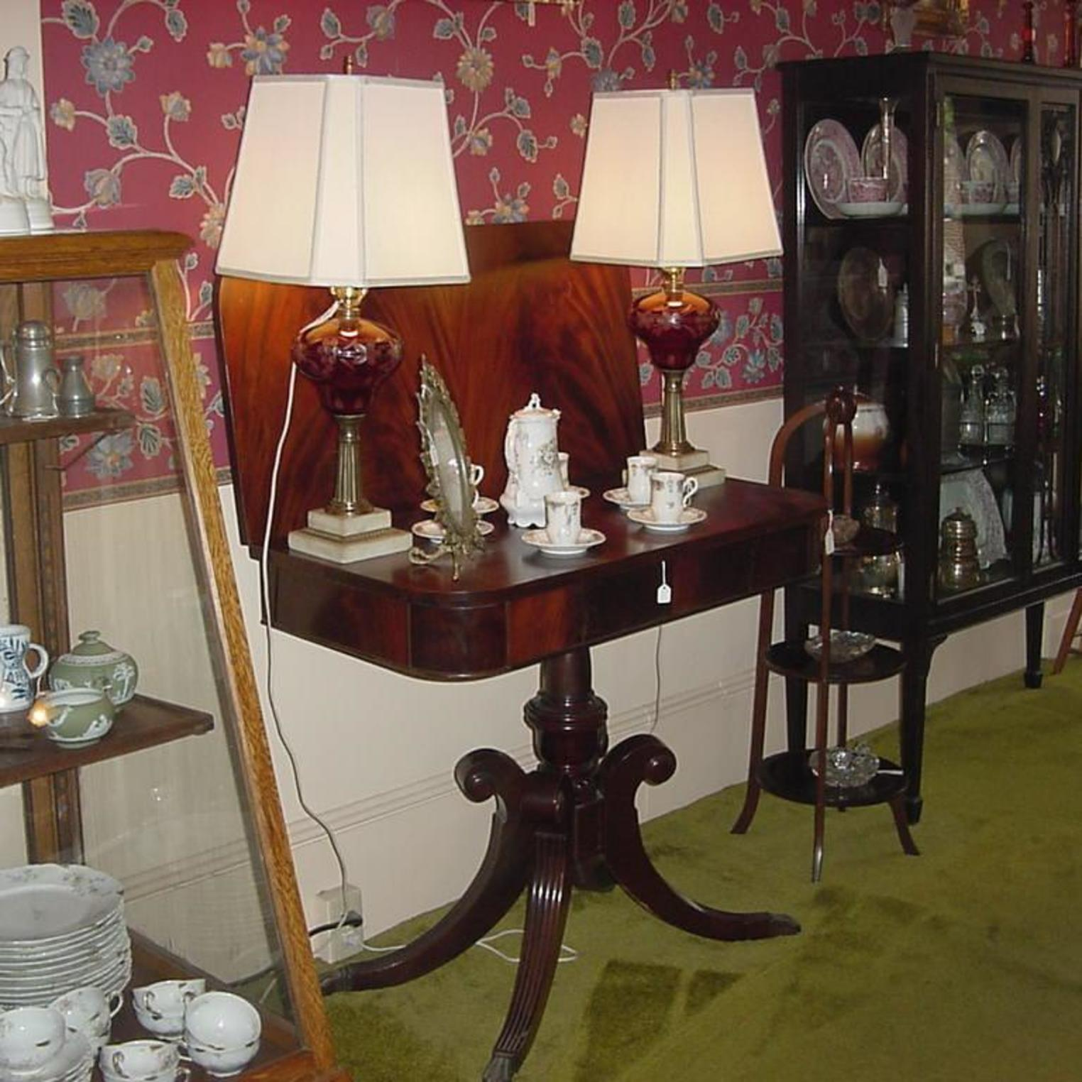Wm and Many Antiques