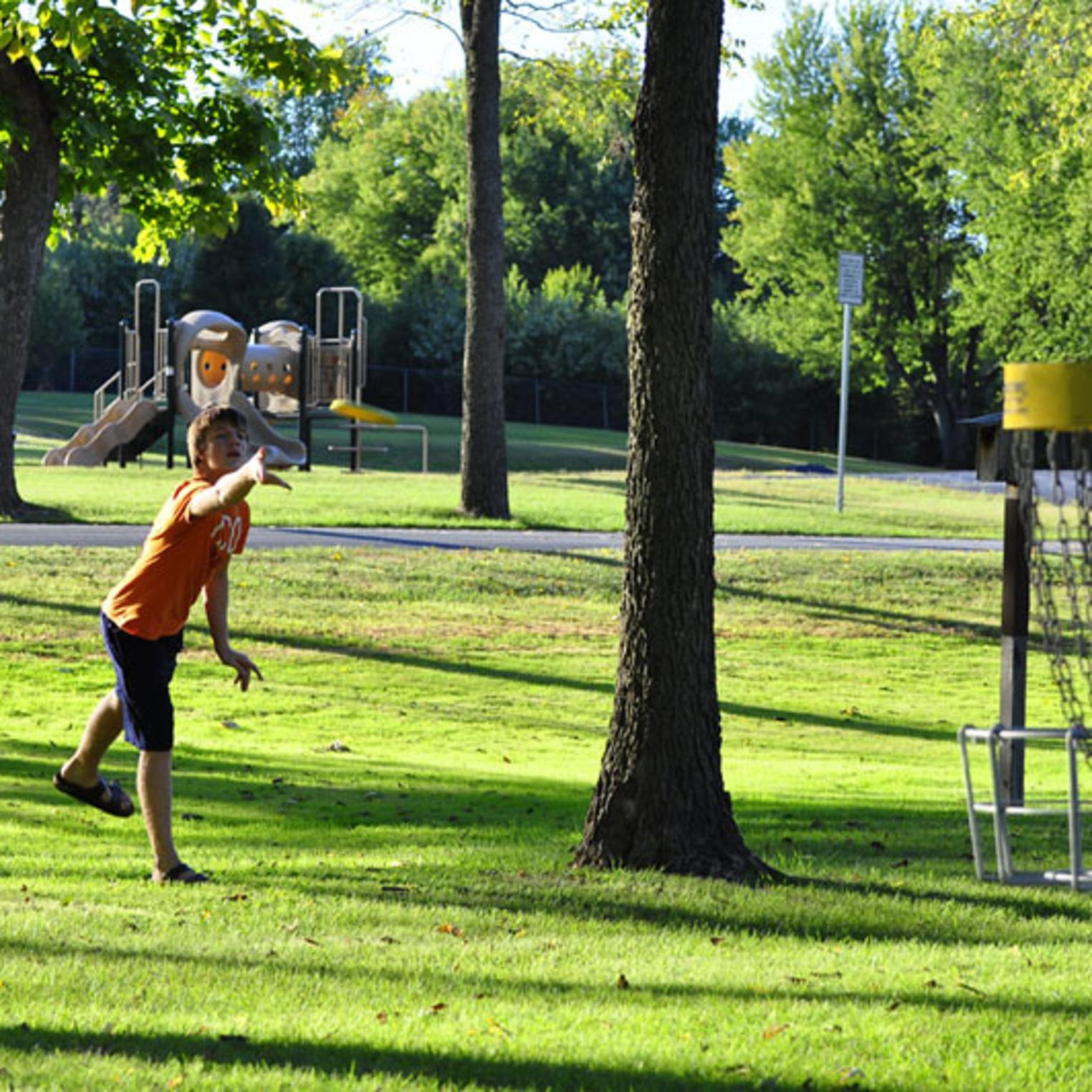 9-hole Disc Golf at Willow Mill Park