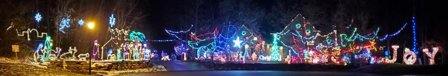 15509 Golden Eagle Nest Christmas Lights Display in Fort Wayne, Indiana 2019