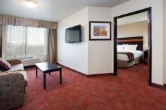 Hoilday Inn Orem Executive Suite.jpg