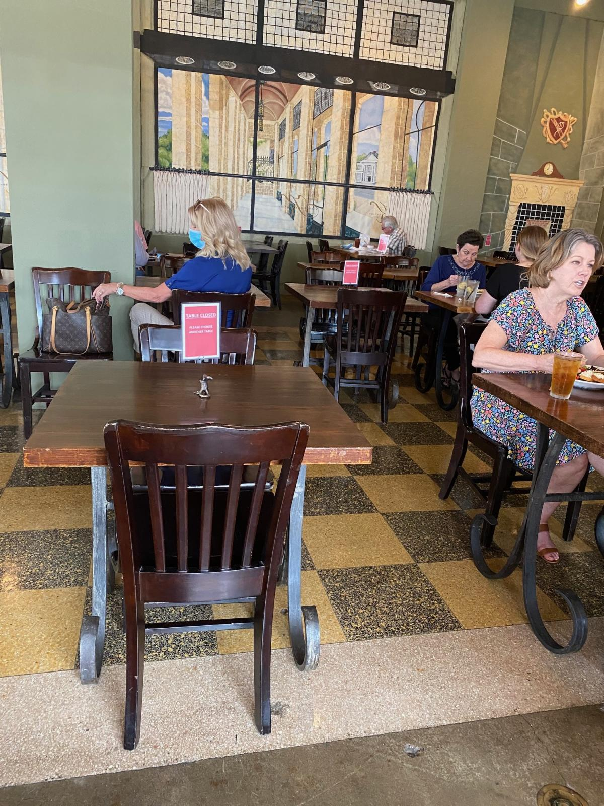 Using clear signage, restaurants like Katherine's in Beaumont help customers maintain proper distancing.