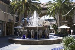 Fountain at the Irvine Spectrum Center