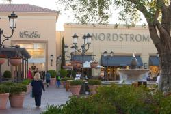 Outdoor plaza at Fashion Island in Irvine, CA