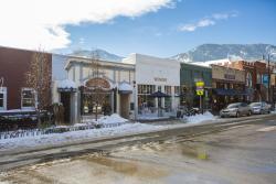 West End Pearl Street Winter