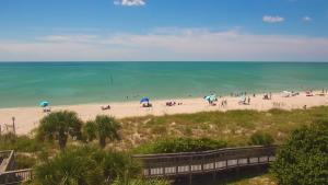 Still photo from Englewood Beach EarthCam