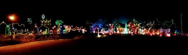 15509 Golden Eagle Nest Christmas Lights Display in Fort Wayne, Indiana