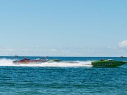 Englewood Beach Waterfest - boats racing