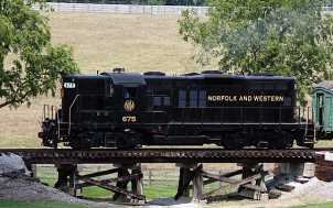 Locomotive: Bluegrass Railroad