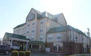 Country Inn & Suites; Lexington, KY