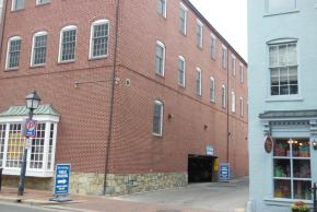 Alexandria Parking | Garages, Streets and Handicapped Parking