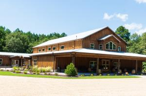 The Barn at Broadslab offers 5,000 space for weddings at Broadslab Distillery.