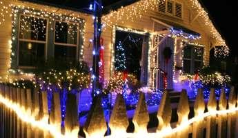 Vine Street Christmas Victorian Showcase