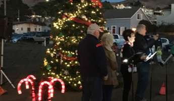 Cayucos Christmas Tree Lighting and arrival of Santa & Mrs. Claus