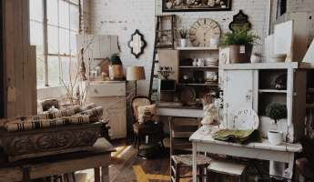 Three Speckled Hens Antiques and Old Stuff Show