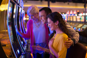 finger-lakes-gaming-and-racetrack-farmington-interior-friends-slot-machine