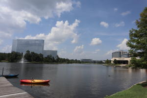 Kayaking on Lake Woodlands