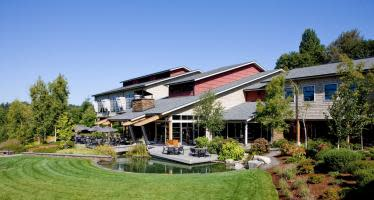 Cedarbrook Lodge from edge of lawn in SeaTac