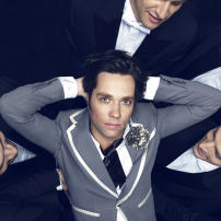 Rufus Wainwright performs with the Winnipeg Symphony Orchestra