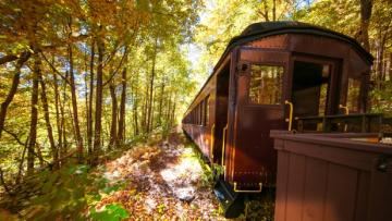 Catskill Mountain Railroad - Fall - Mt Tremper - Photo by Beautiful Destinations