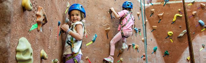 Longmont-Rec-Center-Climbing-Wall