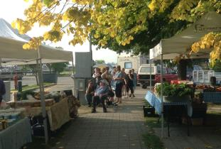 Gimli Farmers' Market