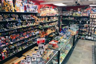 100's of Transformers & GI Joe Products