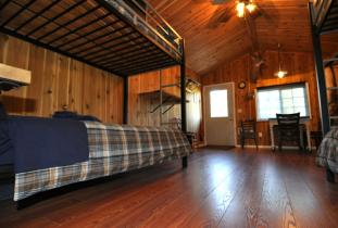 Manitoba waterfowl hunting outfitter cabins