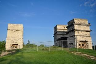 Stonewall_Quarry_Park_Heritage_Arts_Centre_-_Stonewall_Quarry_Park.jpg