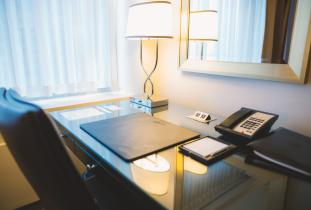 Fairmont Room Working Station