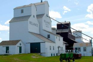 Inglis Grain Elevators National Historic Site Tour