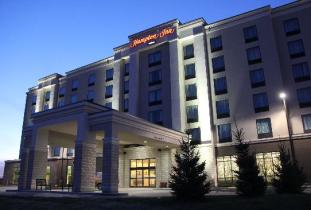 Hampton Inn Winnipeg Airport