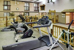 Thompson Inn & Suites Fitness Area