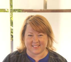 Sara Djubek, Signature Worldwide