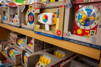 toys-on-the-square-hummelstown-shopping