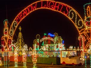 Christmas light displays at Meadow Lights near Benson, NC.