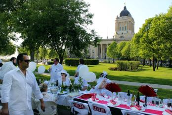 Spring Eats in Manitoba. Table for 1200