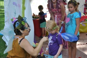 Make your own laurels and flower crowns at McCloud Nature Park on Sunday! (Photo by Central Indiana Enchanted Fairy Trail)