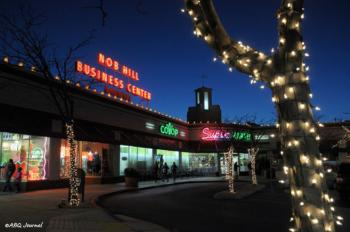 ContentImage_Albuquerque-Holiday-Traditions_Nob-Hill-Shop-Stroll1