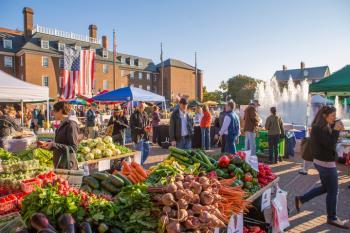 Farmers Market at Market Square