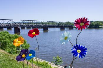 riverfront-park-walnut-street-bridge-susquehanna-river-harrisburg-pa