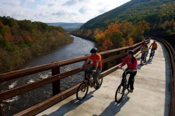 Pocono Biking along the Lehigh River Gorge